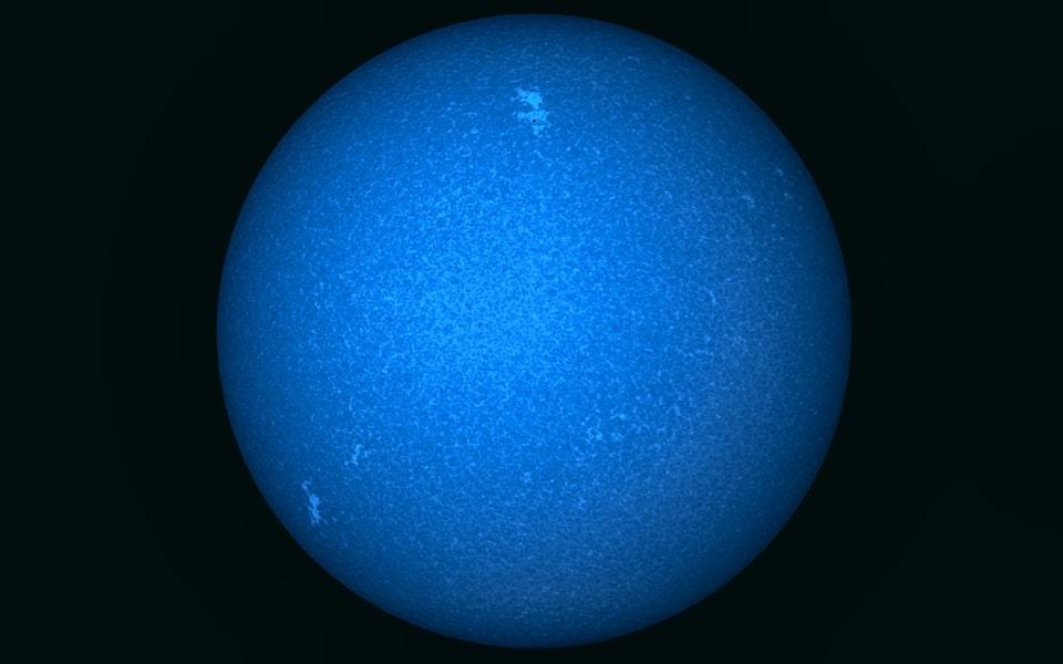 Sol en ultravioleta, cortesía de Alvaro G. Juliá